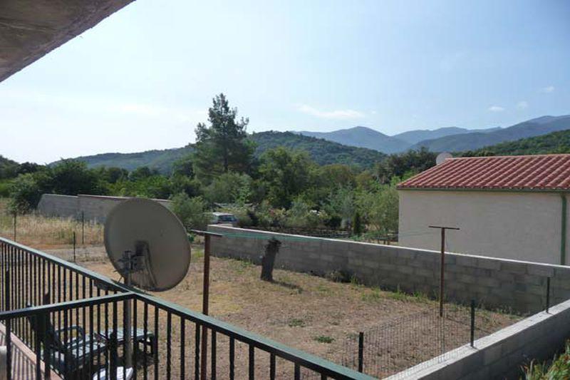 Appartement Reynès  Location appartement  3 pièces   74m²