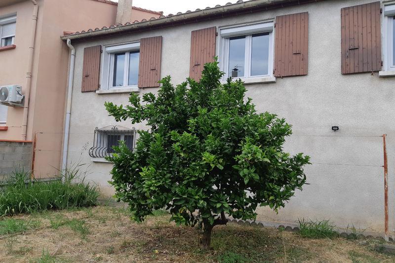 Maison de ville Céret  Location maison de ville  3 chambres   96m²