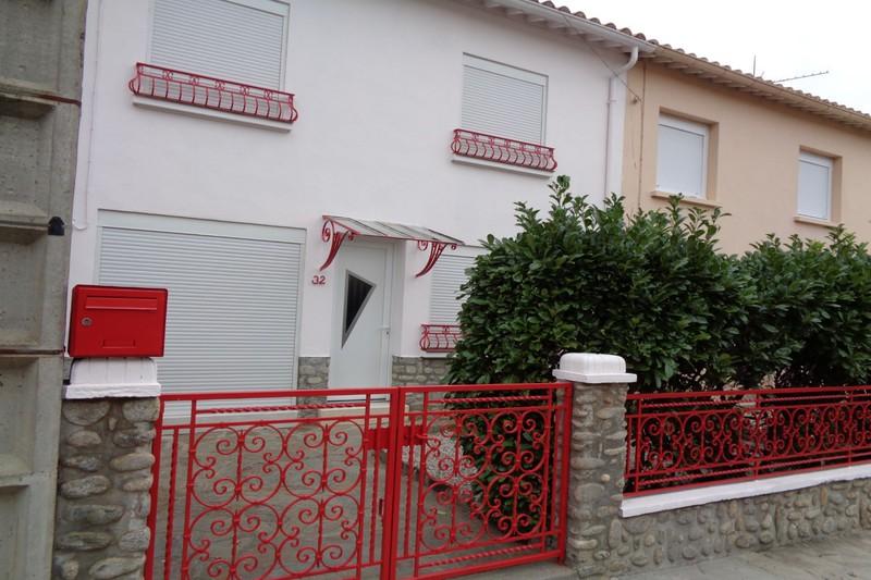 Villa Céret  Location villa  3 chambres   75m²
