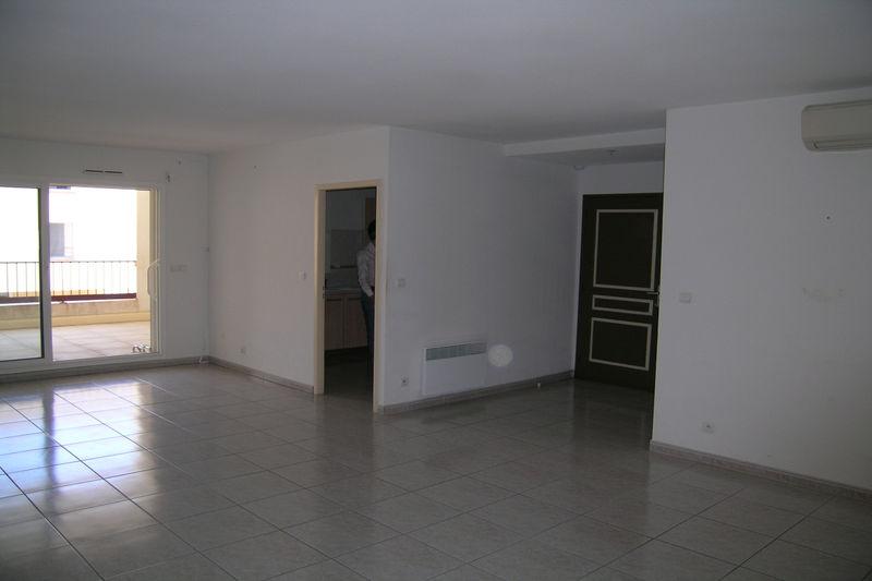 Appartement Céret  Location appartement  3 pièces   90m²