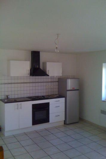 Appartement Brouilla  Location appartement  3 pièces   44m²