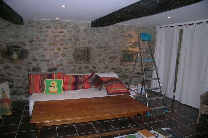 Maison de ville Saint-Jean-Pla-de-Corts  Location maison de ville  2 chambres   90m²