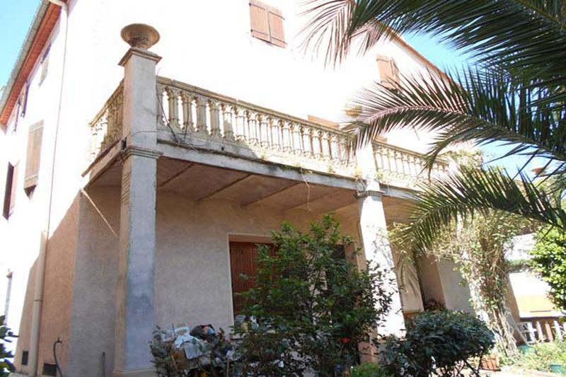 Maison Le Perthus   achat maison  3 chambres   184m²