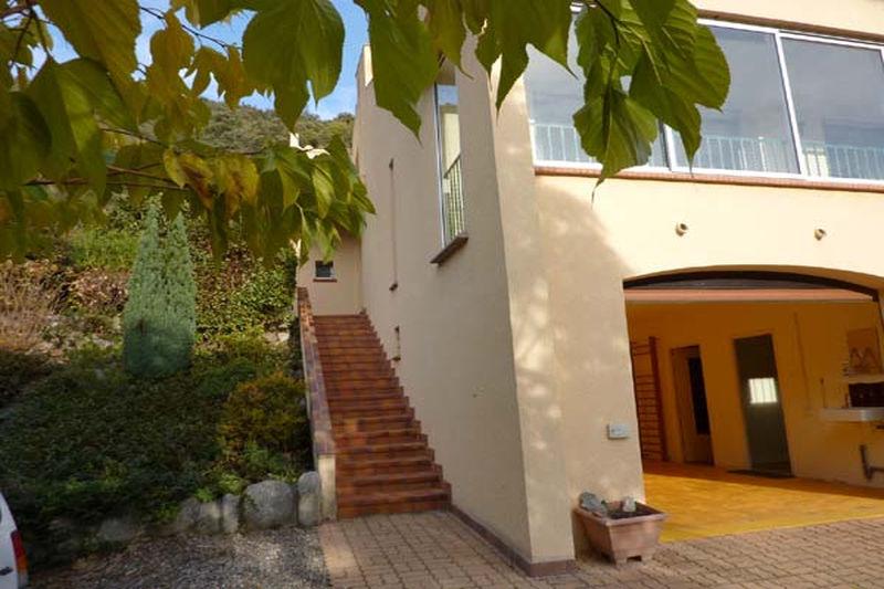 Villa Arles-sur-Tech   to buy villa  4 bedroom   165m²