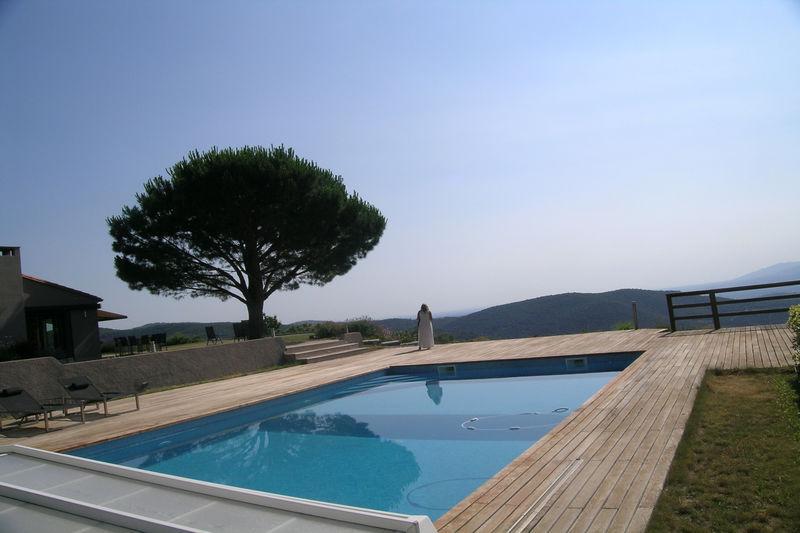 Villa Taillet   achat villa  5 chambres   249m²