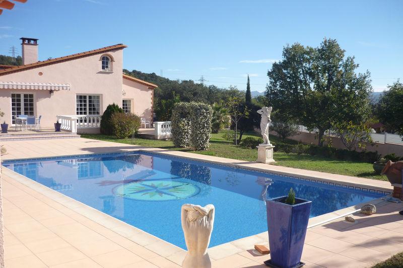Villa Reynès   achat villa  4 chambres   184m²