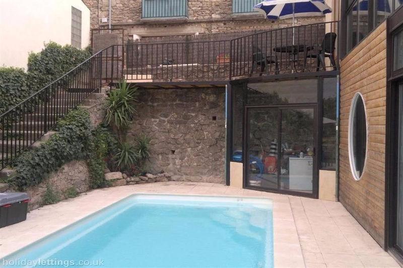 Maison de ville Laroque-des-Albères   achat maison de ville  3 chambres   90m²