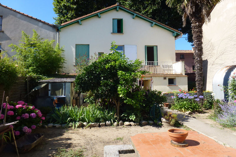 House Céret   to buy house  5 bedroom   150 m²