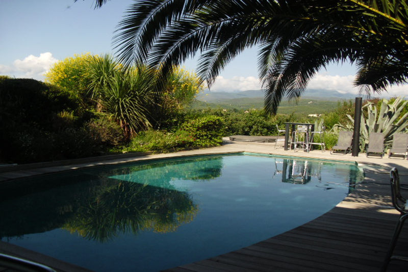 Villa Saint-Jean-Pla-de-Corts Vallespir,   achat villa  6 chambres   230m²