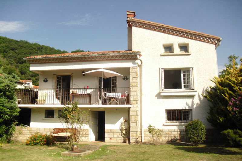 Villa Arles-sur-Tech Vallespir,   achat villa  2 chambres   118m²