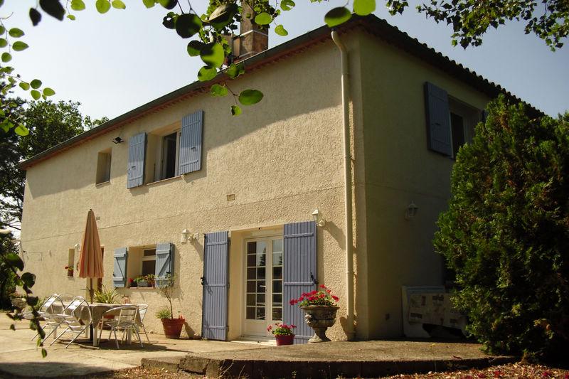 Villa Fourques   achat villa  5 chambres   200m²