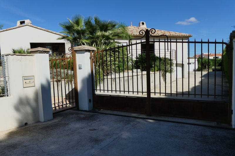 Photo Villa Le Soler   to buy villa  5 bedroom   260m²