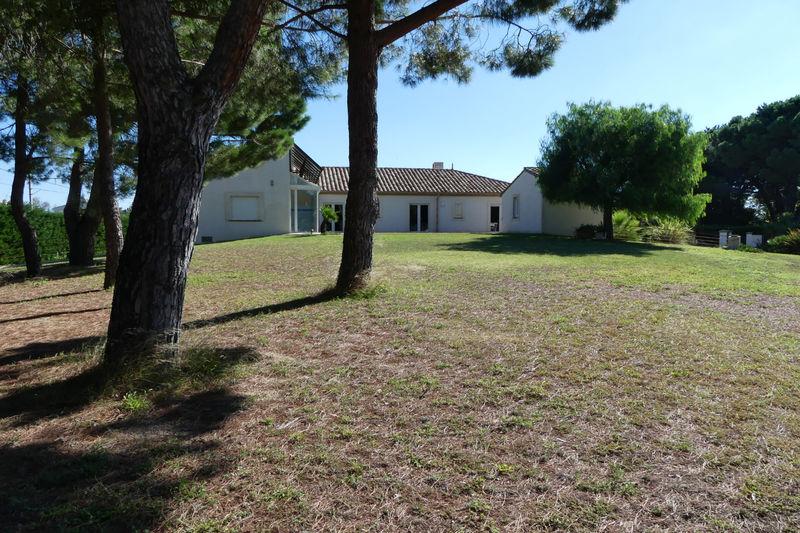 Villa Le Soler Perpignan,   achat villa  5 chambres   260m²
