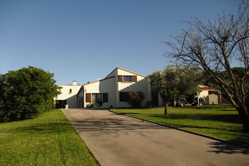 Villa Céret Vallespir,   achat villa  5 chambres   235m²