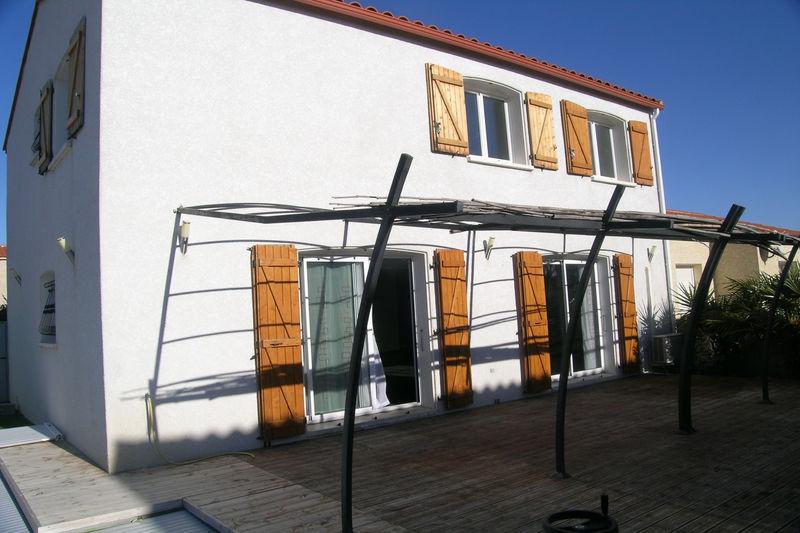 Villa Villemolaque   achat villa  5 chambres   140m²