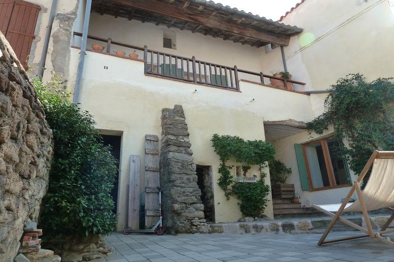 Maison de village Montesquieu-des-Albères   achat maison de village  3 chambres   140m²