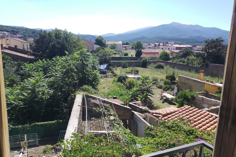 Village house Maureillas-las-Illas Vallespir,   to buy village house  2 bedroom   85 m²