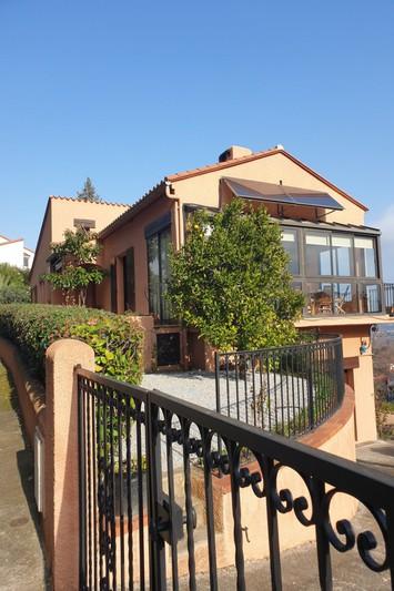 Villa Céret   to buy villa  3 bedroom   110m²