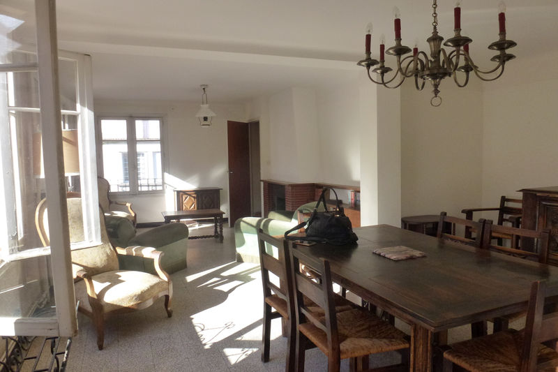 Appartement Céret   achat appartement  5 pièces   137m²