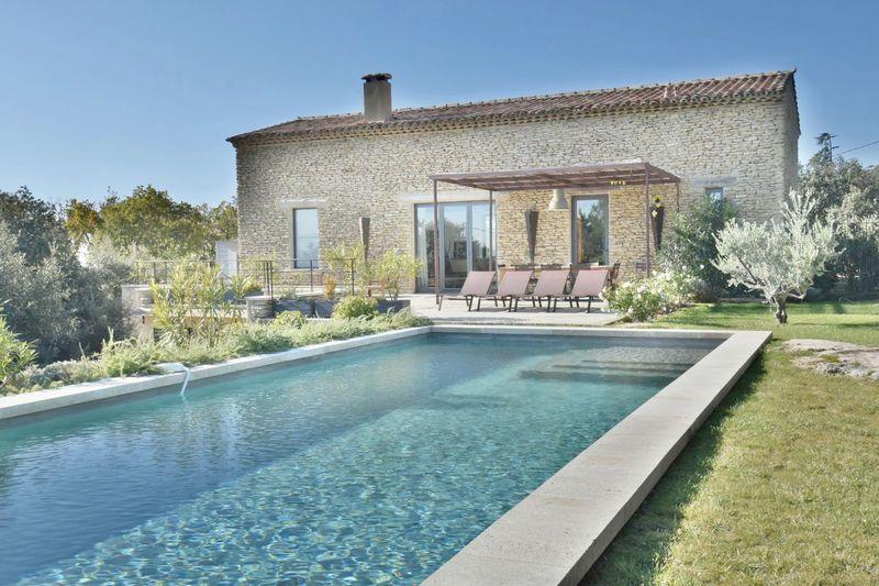 Location saisonnière maison Cabrières-d'Avignon  Maison Cabrières-d'Avignon Luberon,  Location saisonnière maison  4 chambres