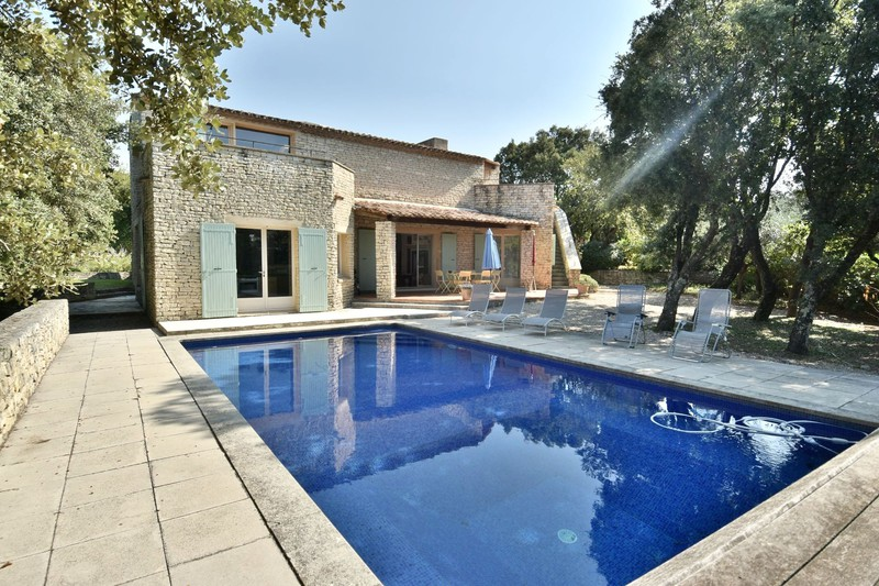Location saisonnière villa provençale Gordes  Villa provençale Gordes Luberon,  Location saisonnière villa provençale  3 chambres   250m²