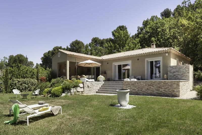 Location maison Pernes-les-Fontaines  Maison Pernes-les-Fontaines Pays du ventoux,  Location maison  3 chambres   150m²