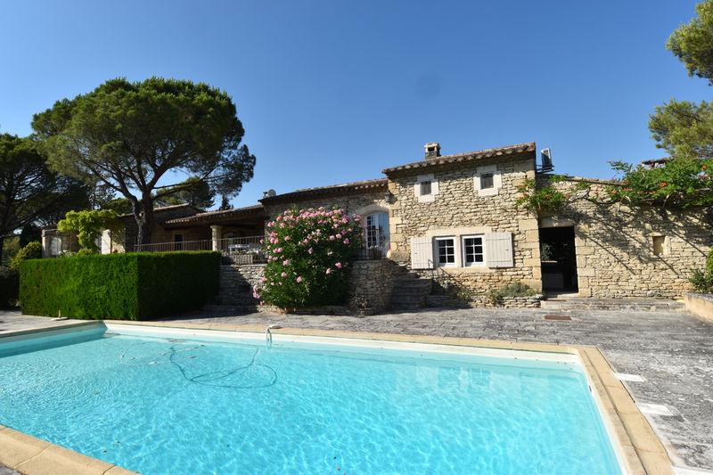 Vente maison en pierre Gordes  Maison en pierre Gordes Luberon,   achat maison en pierre  4 chambres   176m²