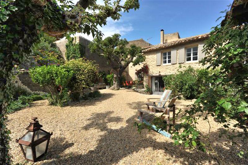 Vente maison de village Cabrières-d'Avignon  Maison de village Cabrières-d'Avignon Luberon,   achat maison de village  4 chambres   130m²
