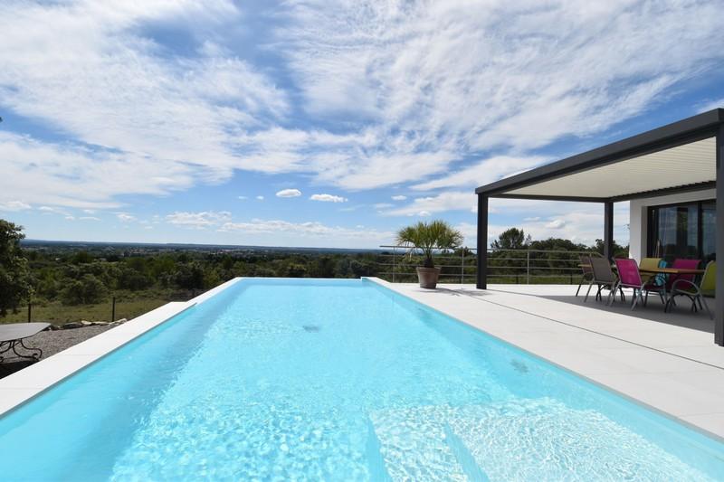 Vente villa Saumane-de-Vaucluse  Villa Saumane-de-Vaucluse Pays des sorgues,   to buy villa  3 bedrooms   216m²