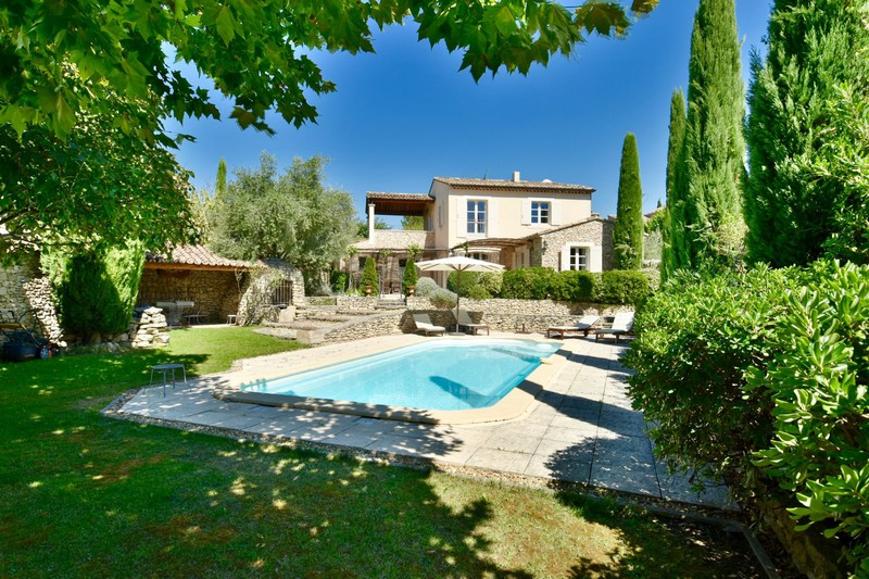 Vente maison de village Cabrières-d'Avignon  Maison de village Cabrières-d'Avignon Luberon,   achat maison de village  4 chambres   200m²