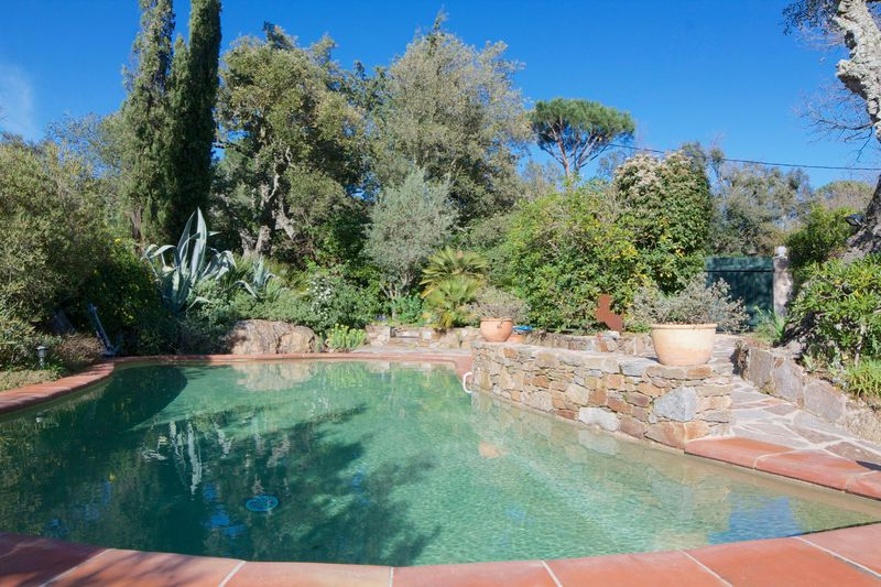 Vente villa Grimaud  Villa Grimaud Golfe de st tropez,   achat villa  3 chambres   154m²