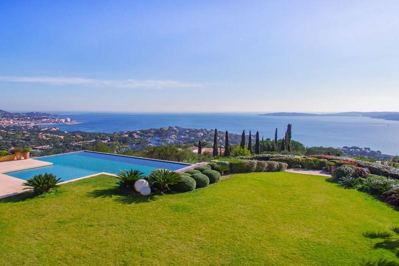 Vente villa provençale Grimaud  Villa provençale Grimaud Golfe de st tropez,   achat villa provençale  5 chambres   428m²