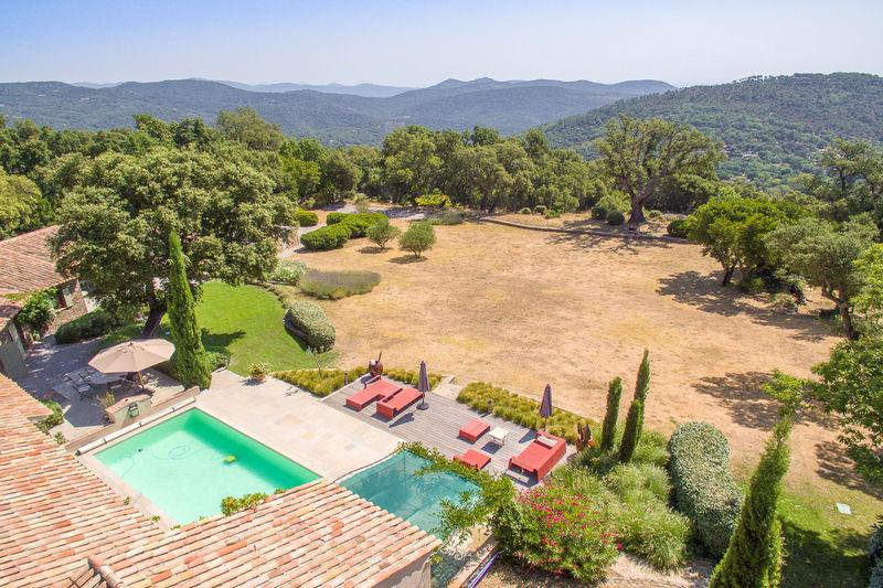 Vente villa La Garde-Freinet  Villa La Garde-Freinet Golfe de st tropez,   to buy villa  5 bedroom   230m²