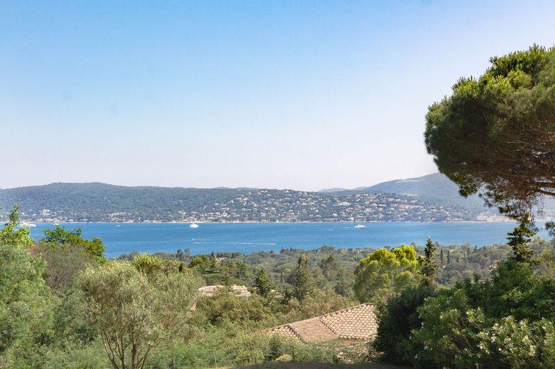 Vente villa Grimaud  Villa Grimaud Golfe de st tropez,   achat villa  4 chambres   165m²