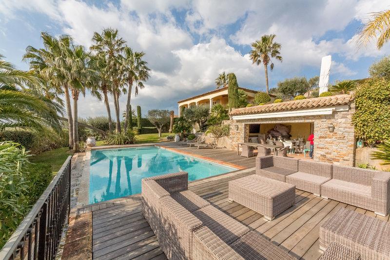 Vente villa Grimaud  Villa Grimaud Golfe de st tropez,   achat villa  4 chambres   350m²