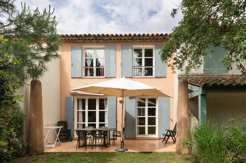 Vente villa Grimaud  Villa Grimaud Golfe de st tropez,   achat villa  3 chambres   81m²