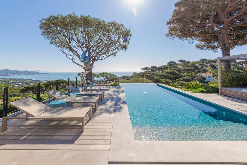Vente villa Sainte-Maxime  Villa Sainte-Maxime Golfe de st tropez,   to buy villa  4 bedroom   400m²