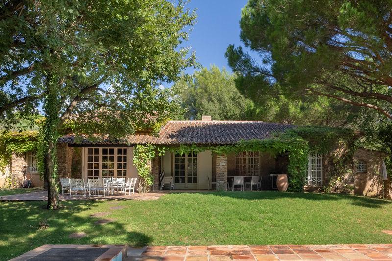 Vente villa Grimaud  Villa Grimaud Golfe de st tropez,   achat villa  5 chambres   200m²