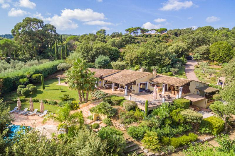 Vente villa Gassin  Villa Gassin Golfe de st tropez,   to buy villa  5 bedroom   250m²