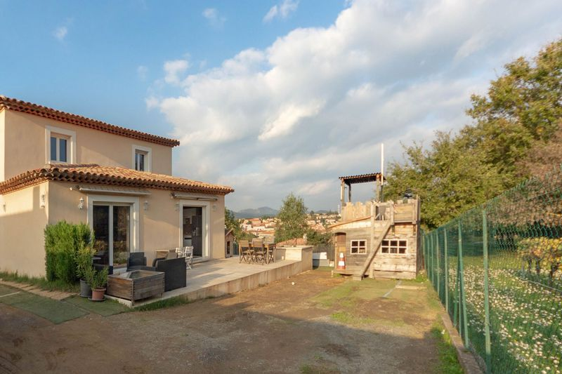 Vente maison Cogolin  House Cogolin Golfe de st tropez,   to buy house  4 bedroom   120 m²