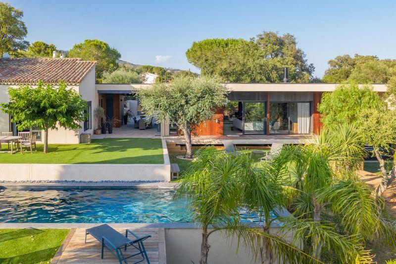 Vente villa Grimaud  Villa Grimaud Golfe de st tropez,   achat villa  6 chambres   290m²
