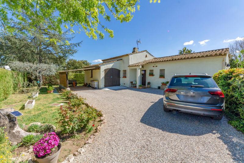 Vente villa Grimaud  Villa Grimaud Golfe de st tropez,   achat villa  3 chambres   100m²