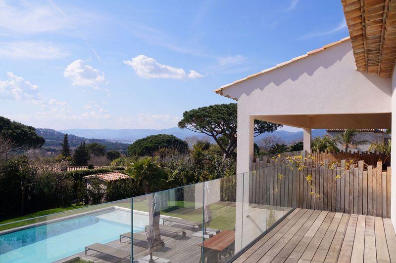 Vente villa Saint-Tropez  Villa Saint-Tropez Golfe de st tropez,   achat villa  5 chambres   350m²