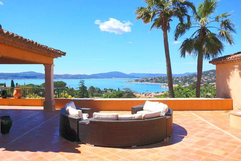 Vente villa Sainte-Maxime  Villa Sainte-Maxime Golfe de st tropez,   achat villa  7 chambres   400m²