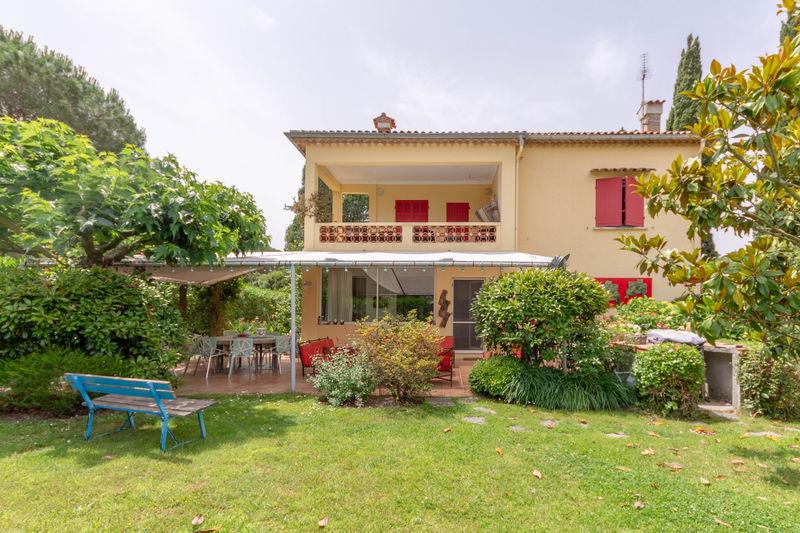 Vente villa Saint-Tropez  Villa Saint-Tropez Golfe de st tropez,   achat villa  6 chambres   248m²