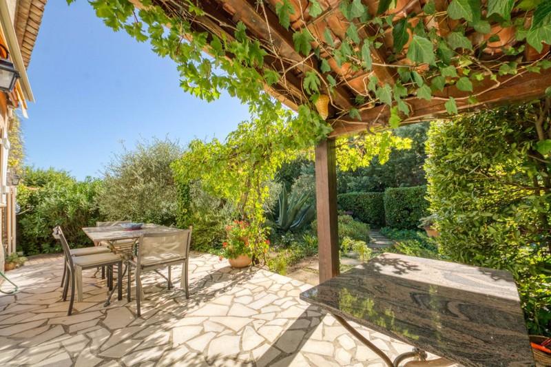 Vente maison en pierre Grimaud  Stone house Grimaud Golfe de st tropez,   to buy stone house  4 bedroom   115m²