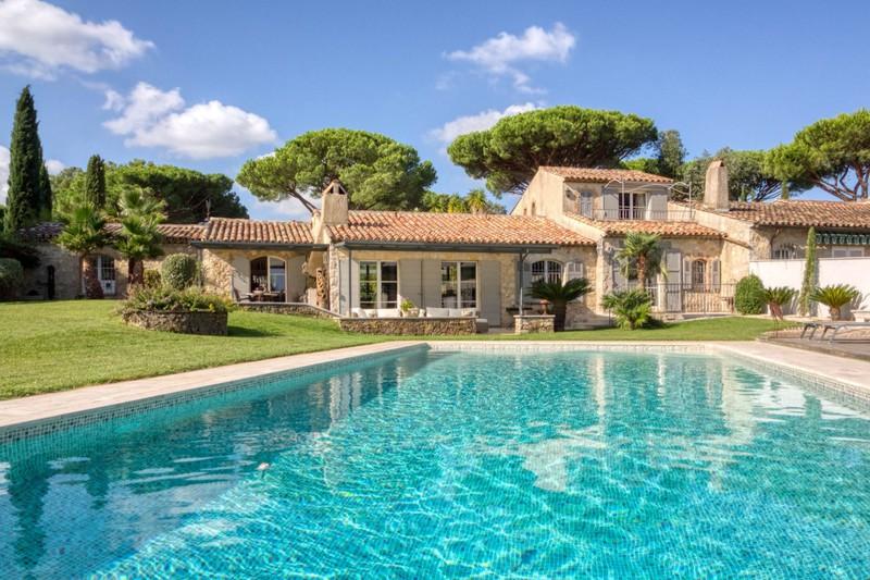 Vente villa Gassin  Villa Gassin Golfe de st tropez,   achat villa  4 chambres   200m²