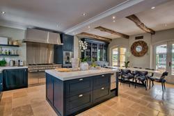 Vente propriété Gassin Kitchen Villa Pearl-5