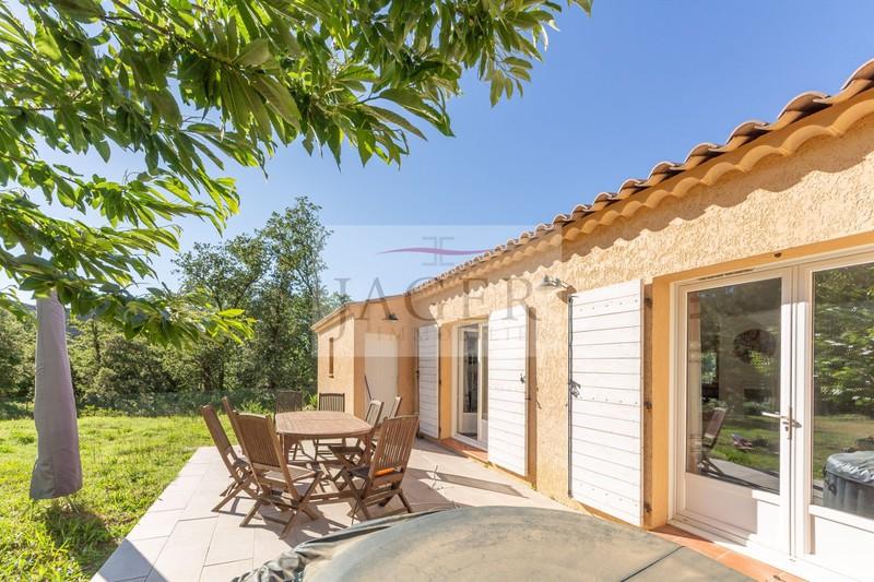 Vente villa provençale La Garde-Freinet  Villa provençale La Garde-Freinet Golfe de st tropez,   achat villa provençale  4 chambres   110m²