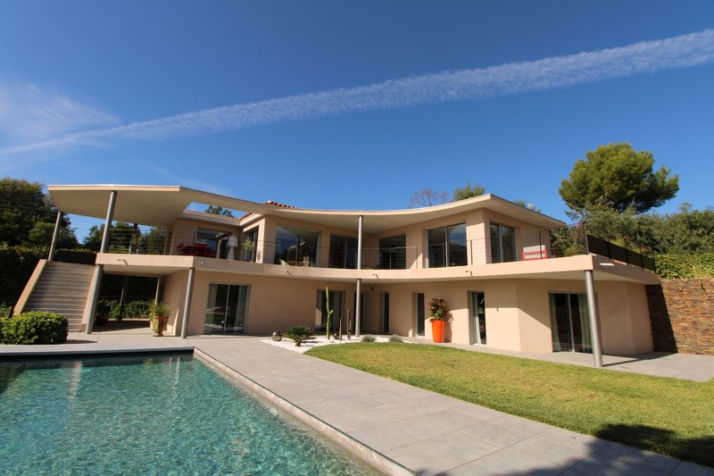 Vente villa Grimaud  Villa Grimaud Golfe de st tropez,   achat villa  4 chambres   250m²